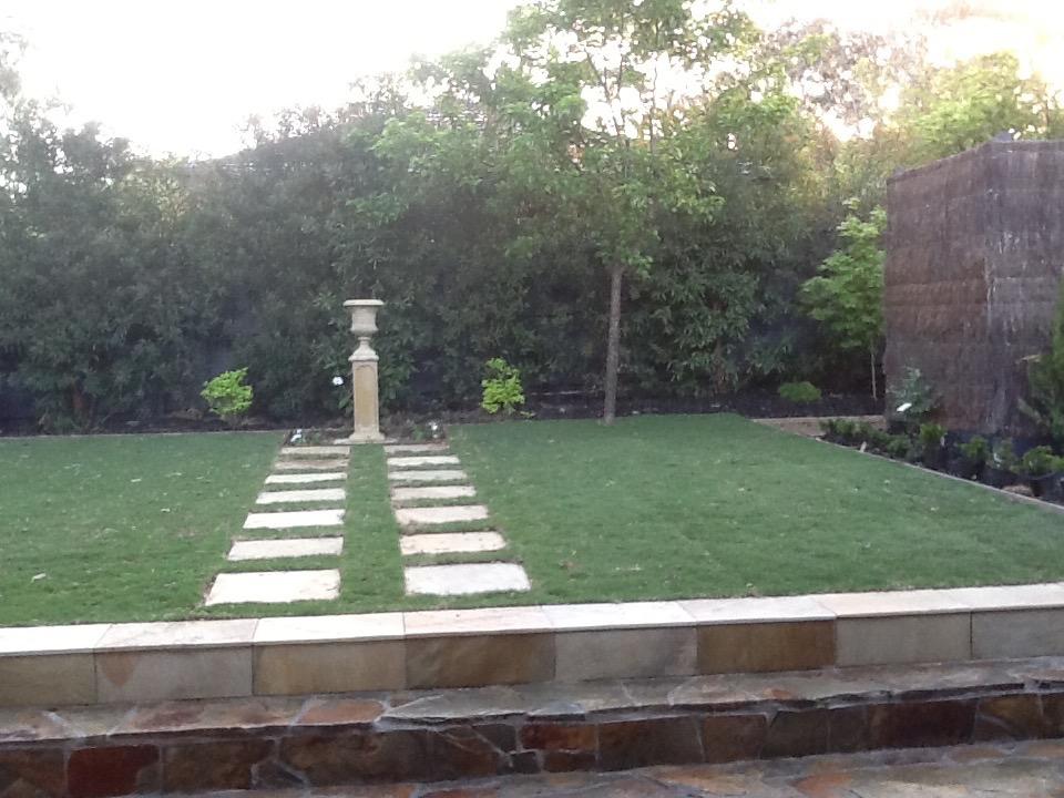 Small Garden Design Focal point