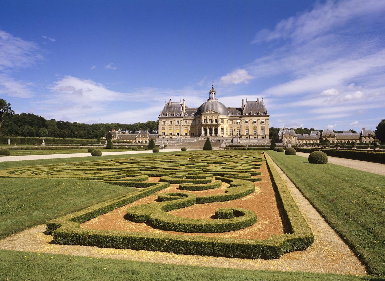 Vaux-le-Vicomte Baroque Renaissance Landscaping.